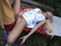I bang my teen blonde on the picnic