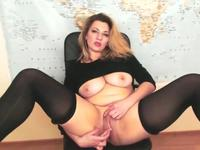 Fat chick plays with herself
