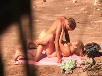 Shagging on the beach with pleasure