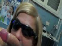 Pretty blonde milf with sunglasses make a hell of a blowjob sunday afternoon