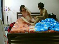 Amateur couple banging on the bed