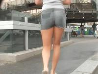 Blonde in hot girls denim shorts was easily spied on the camera hidden in mans cloths