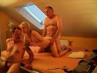Great amateur threesome party