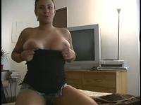 Cutie revealing every inch of her body